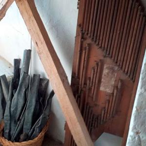 Restos do órgão da igreja de Santa da Carnota, Alenquer, foto Amílcar Silva