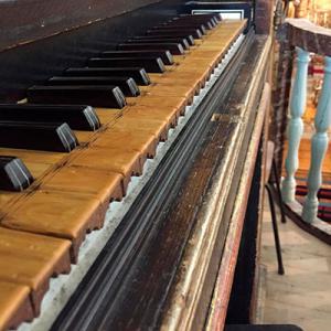 Órgão da Igreja do Carmo, Faro, tribuna