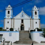 Igreja de Moita dos Ferreiros, Lourinhã, templo com órgão de tubos