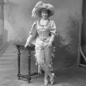 Palmira Bastos, atriz e cantora, de Alenquer