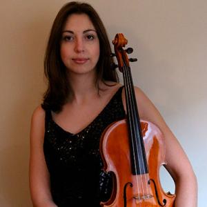 Alice Neves, violetista, de Mirandela