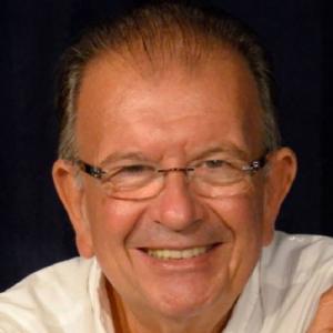 Carlos Alberto Moniz, cantautor