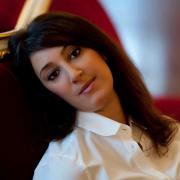 Dora Rodrigues, cantora, de Braga