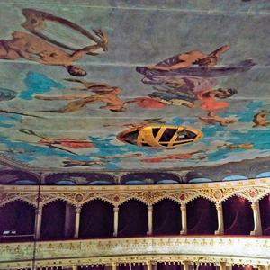 Teto do Teatro Garcia de Resende, Évora, ft Luís Garcia