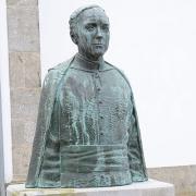 Busto do padre compositor Manuel Faria