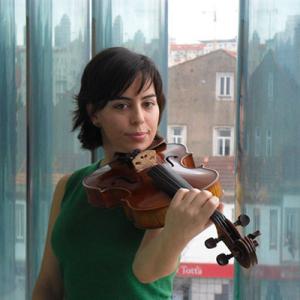 Joana Pereira, violetista, de Mirandela