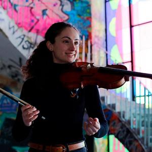 Beatriz Costa, violinista, de Leiria