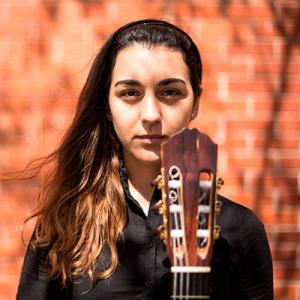 Maria Beatriz Oliveira, guitarrista, de Setúbal