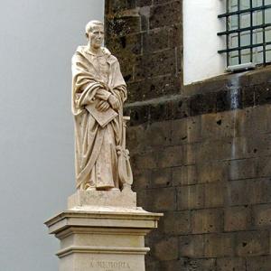 Monumento ao padre Joaquim Silvestre Serrão