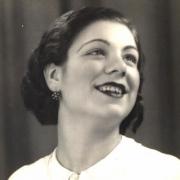 Lucília do Carmo, fadista, de Portalegre