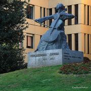 Guilhermina Suggia por Irene Vilar