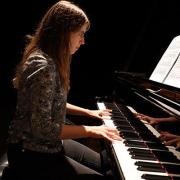 Maria Isabel Mendonça, pianista, de Seia