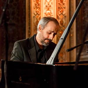 Paulo Oliveira, pianista, de Vila do Conde