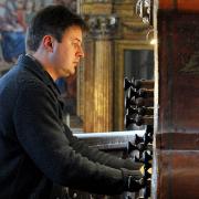 Paulo Bernardino, organista, de Vila Nova de Gaia