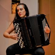 Liliana Aparício, acordeonista, de Viseu
