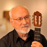 Francisco Naia, cantautor, de Castro Verde