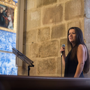 Ana Ventura, cantora e pianista, da Lourinhã