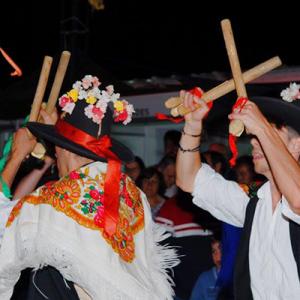 Grupo Folclórico dos Pauliteiros de Cércio, créditos Sérgio Albino