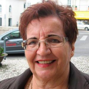 Graziela Vieira, poetisa, de Ourém