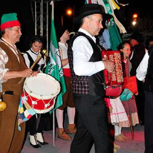 Rancho Folclórico Neveiros do Coentral, tambor e concertina