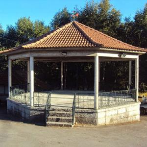 Coreto da Gralheira, lugar da Ponte, concelho de Cinfães