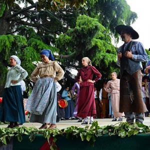 "Rancho Folclórico ""Cravos e Rosas do Alentejo"" da Casa da Cultura de Orada"