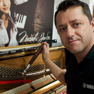 Afinador de Pianos Pedro Agostinho